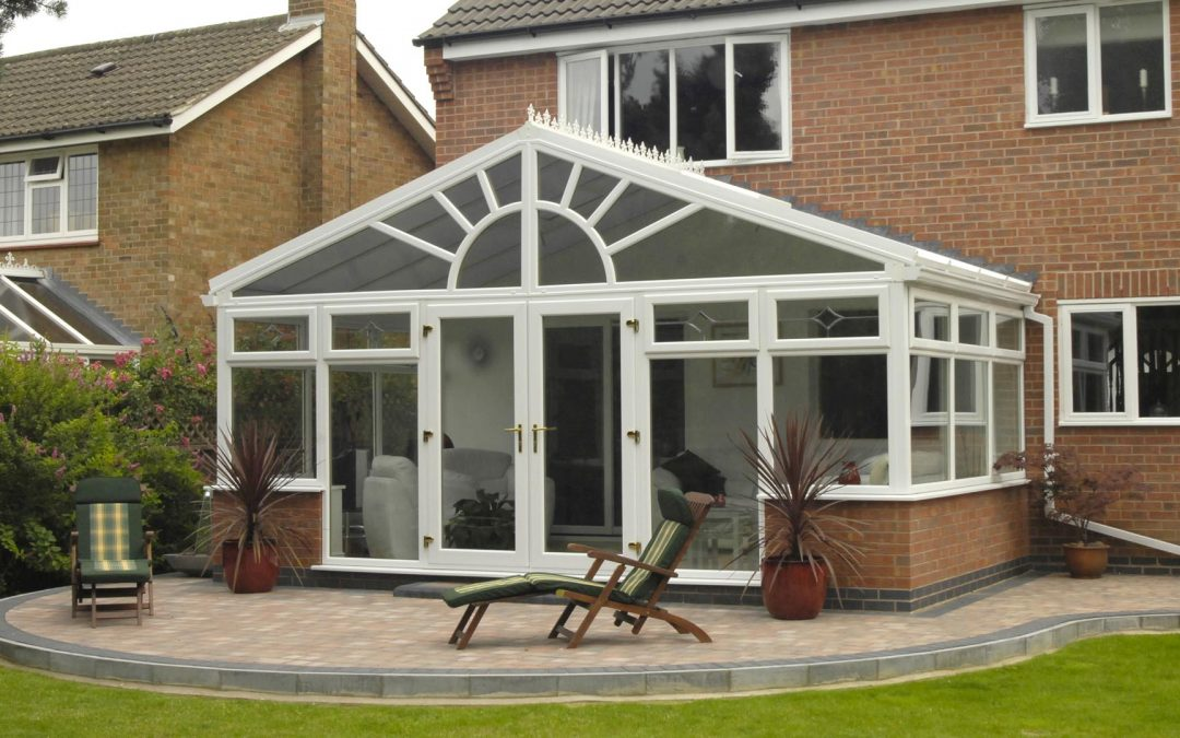 Why Install High-Quality Double Glazing Windows During The Summer?